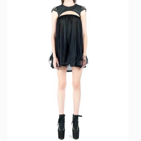 5432d3112 UNIF Dresses